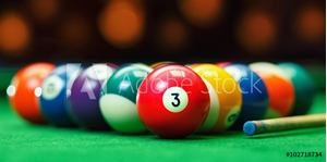 Bild på Billiard balls in a green pool table