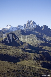 Bild på Aerial of Mount Kenya, Africa and snow in January, the second highest mountain at 17,058 feet or 5199 Meters