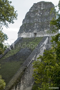 Bild på Ancient Maya temple in Tikal